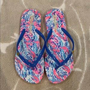 Adorable Lilly flip flops